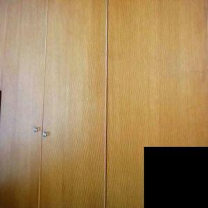 Δύο ντουλάπες σε χρώμα κερασιας