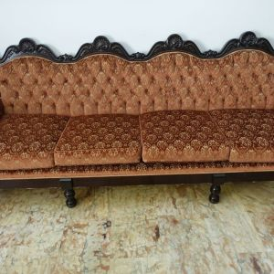 Καναπές Σαλονιου Vintage με σκαλισματα απο μασιφ ξυλο και υφασμα βελουδο με σχεδια(Μηκος 2,30)