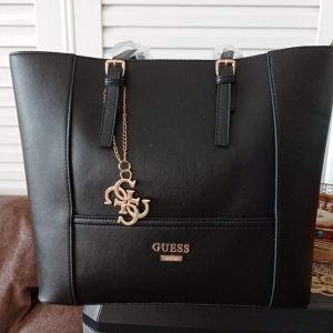τσάντα GUESS