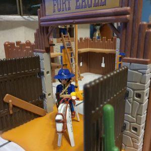 Οχυρό Fort Eagle Playmobil