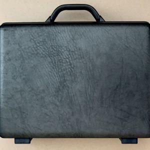 ΧΑΡΤΟΦΥΛΑΚΑΣ SAMSONITE Briefcase vintage σε άριστη κατάσταση.