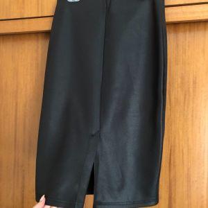 Μαύρη φούστα anel