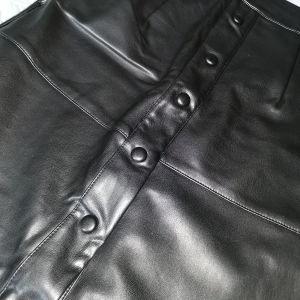 Φούστα μαύρη δερματίνη