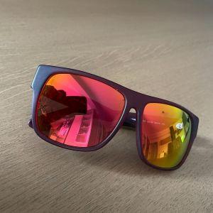 Γυναικεία γυαλιά ηλίου VAGRANCY