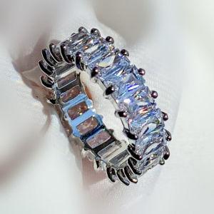 Crystall ring