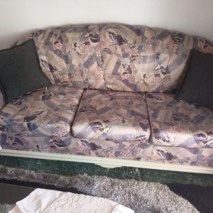 saloni τριθέσιο καναπές, διθέσιο καναπέ κρεβάτι.
