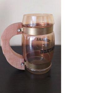 Ποτήρι με ξύλινη χειρολαβή ρωσικής προέλευσης