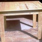 Τραπέζι από ξύλο παλέτας