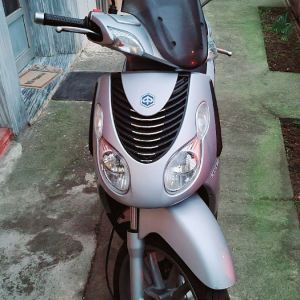 Piaggio carnaby 200Ds