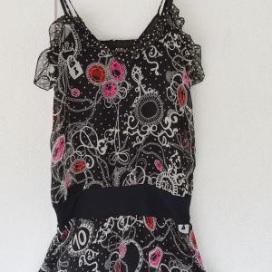 Φόρεμα ''killah'' (medium) της εταιρίας ''SIXTY'' made Italy δύο όψεων σε άριστη κατάσταση.