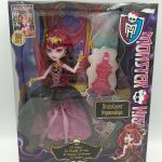 Monster High 13 Wishes Draculaura Doll #Y7703
