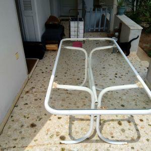 Μεταλλικό τραπέζι κήπου (χωρίς τις καρέκλες)