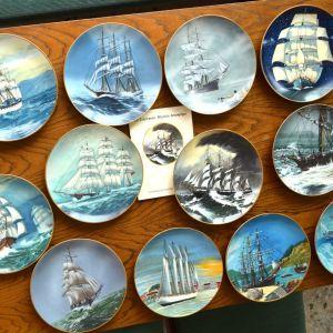 12 Πιάτα τοίχου που εικονίζουν τα τελευταία μεγάλα ιστιοφόρα / Ελληνικός Συλλεκτικός Κύκλος