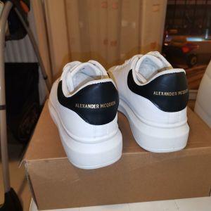 Sneakers alexander mcqueen λευκό χρώμα