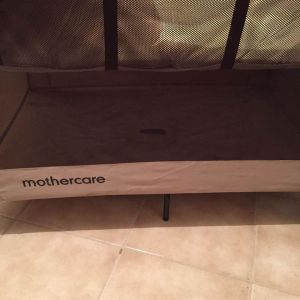 Παρκοκρέβατο Mothercare