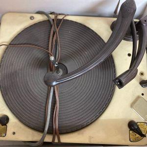 Vintage πικάπ Garrard RC-3 (3 ταχυτήτων) Για ανταλλακτικά - δεν γνωρίζω αν λειτουργεί