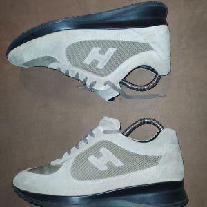 Hogan sneakers μπεζ