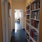 Πωλείται φωτεινό διαμέρισμα - γραφείο στο κέντρο της Αθήνας.