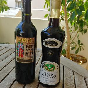 Λικερ Κακαο  και Κρασι