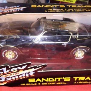 1977 TRANS AM FIREBIRD SMOKEY AND THE BANDIT / ERTL JOYRIDE / 1:18 / DIECAST