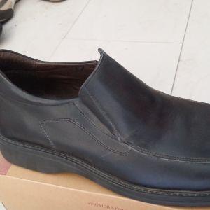 Παπούτσια καινούρια από μαγαζί που έκλεισε μόνο Νο 41 από 59,90 ΜΟΝΟ 13,90