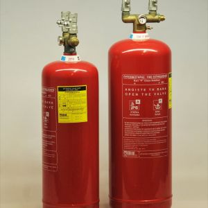 Πωλούνται 2 ΠΥΡΟΣΒΕΣΤΗΡΕΣ των 6 και 9 λίτρων, F Class Solution Wet Chemical_0004