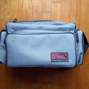 Τσάντα φωτογραφικής μηχανης