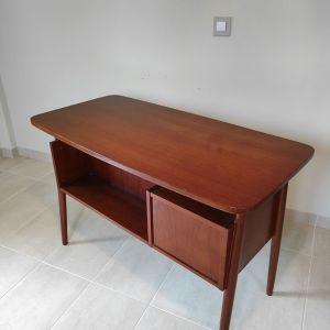 Vintage ξύλινο γραφείο
