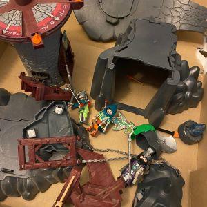 Playmobil 4836 - Dragon Castle