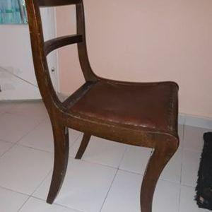 Πωλούνται 6 καρέκλες αντίκα