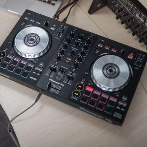 Pioneer DJ Controller DDJ-SB3