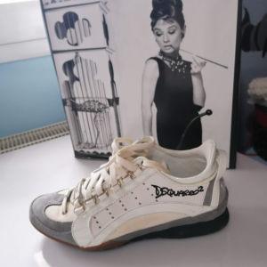 παπούτσια Dsquared2
