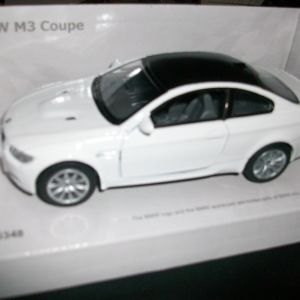 BMW M3 E92 1/32 ΣΥΛΛΕΚΤΙΚΗ ΜΙΝΙΑΤΟΥΡΑ ΜΕ ΑΝΟΙΓΟΜΕΝΕΣ ΠΟΡΤΕΣ