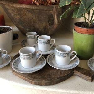 Φλιτζανάκια του καφέ της γιαγιάς