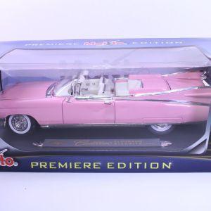 Maisto - Scale 1/18 - Cadillac Eldorado Biarritz 1959 PINK