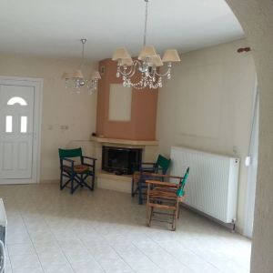 ΚΩΔ: 805   Πωλείται νεόδμητο διαμπερές γωνιακό Διαμέρισμα 100τ.μ. Χαλκιδική, Γαλάτιστα: