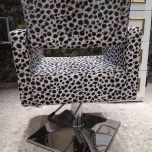 Καρέκλα αισθητικής ή κομμωτηρίου με αυξομείωση ύψους