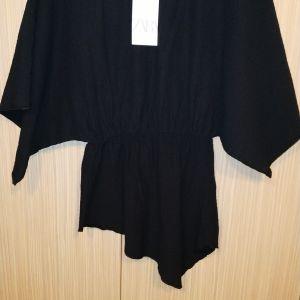 Zara s ολοκαίνουργια μπλουζα