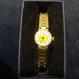 ρολόι γυναικείο κουρδιστό