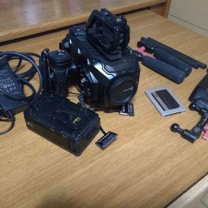 Blackmagic Ursa mini 4K + Extra
