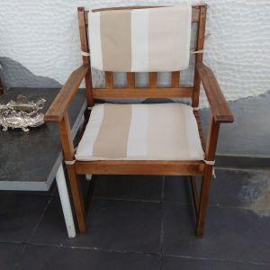 Καρέκλες από ξύλο τικ για μπαλκόνι