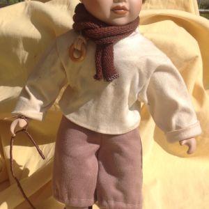 Κούκλα από πορσελάνη, αγοράκι.