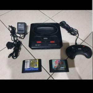 Mega drive2  με 2 παιχνιδια
