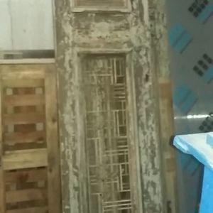 Πόρτα ξύλινη παλιά