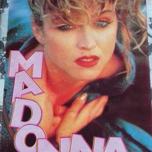 Ενθετο αφιέρωμα Madonna απο περιοδ. Μανίνα