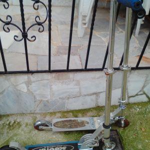 Δύο πατίνια ποδήλατα για ενήλικες πλήρεις λειτουργικά δίνονται και τα δυο μαζι 45 ευρώ