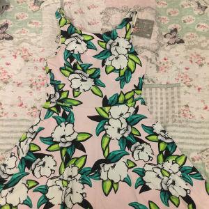 Φλοραλ φόρεμα καλοκαιρινό