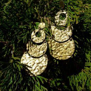 Καινούρια χρυσά σκουλαρίκια