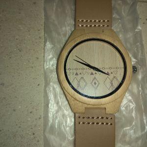 Ρολόϊ ξύλινο
