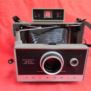 POLAROID AUTOMATIC 330 instant camera της δεκαετίας του '60.